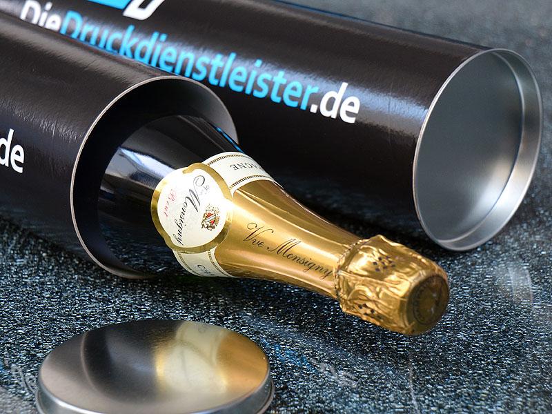 Edle-Huelse-bedruckt-mit-Logo-oder-individuellem-Layout-als-Verpackung-fuer-Sekt-Flaschen-oder-Champagner