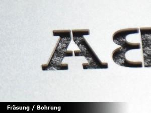 metall-visitenkarte-mit-logo-fraesung-online-bestellen