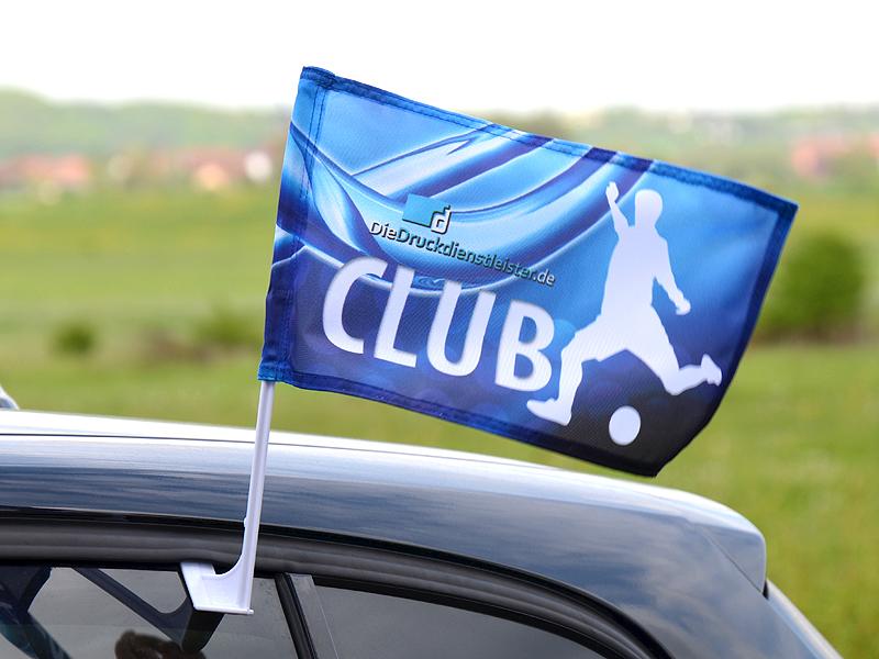 guenstige_car-flags_drucken_mit_eigenem_design_oder_layout_mit_fenster-halterung_fuer_autos